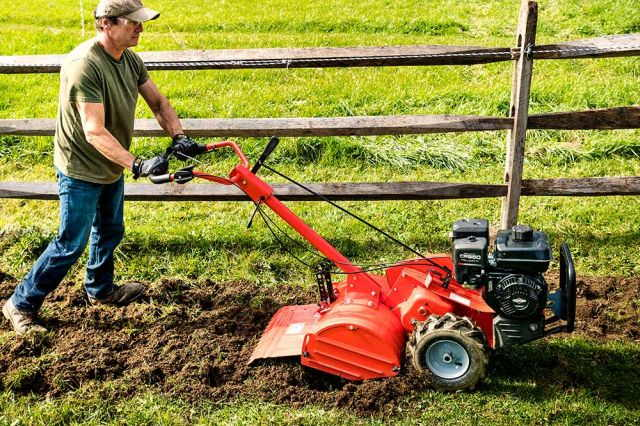 What To Look For In The Best Tine Tiller Under $1000